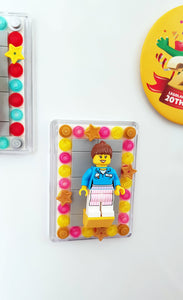 LEGO® Minifigure Display Frame Magnet - Yellow/Pink
