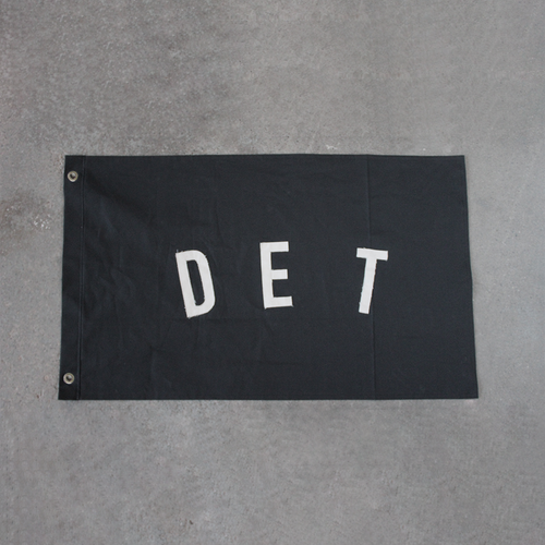 Large DET Flag