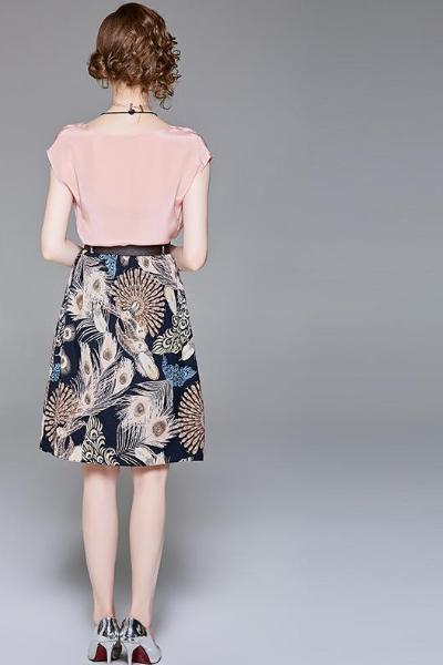 Short Sleeves Chiffon Blouse & Floral Pattern Skirt Set