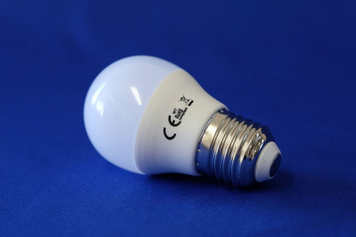 golf led light bulb 5 watt e27 warm white from Batteryworld.ie