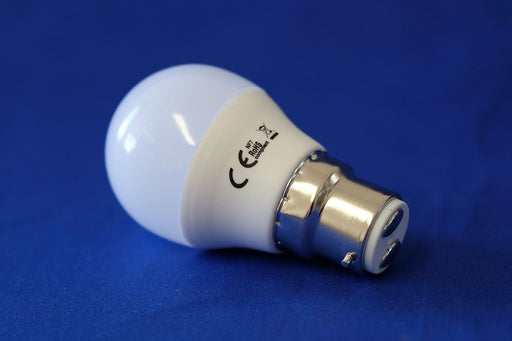 golf led light bulb 5 watt b22 warm white from Batteryworld.ie