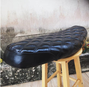 KB-TWCDS - Triumph Bonneville Water-Cooled Classic Diamond Seat
