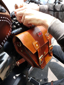KB-TSUJB - Triumph Bonneville Side Bag w/ Union Jack Pin
