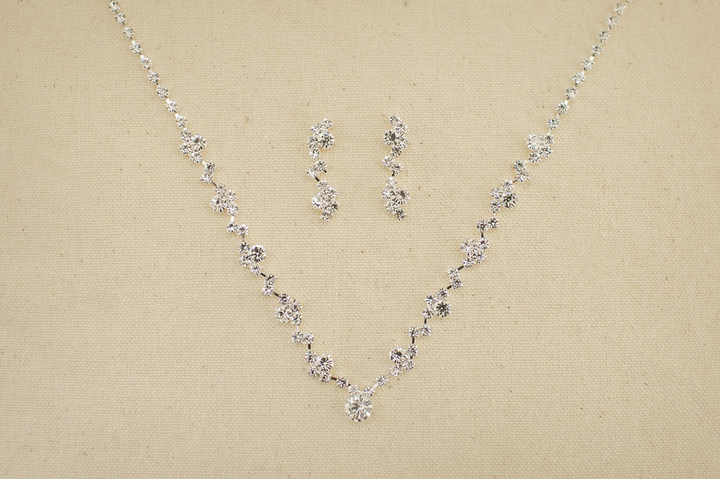 Elegant Silver Jewellery Set - Violet and Eve