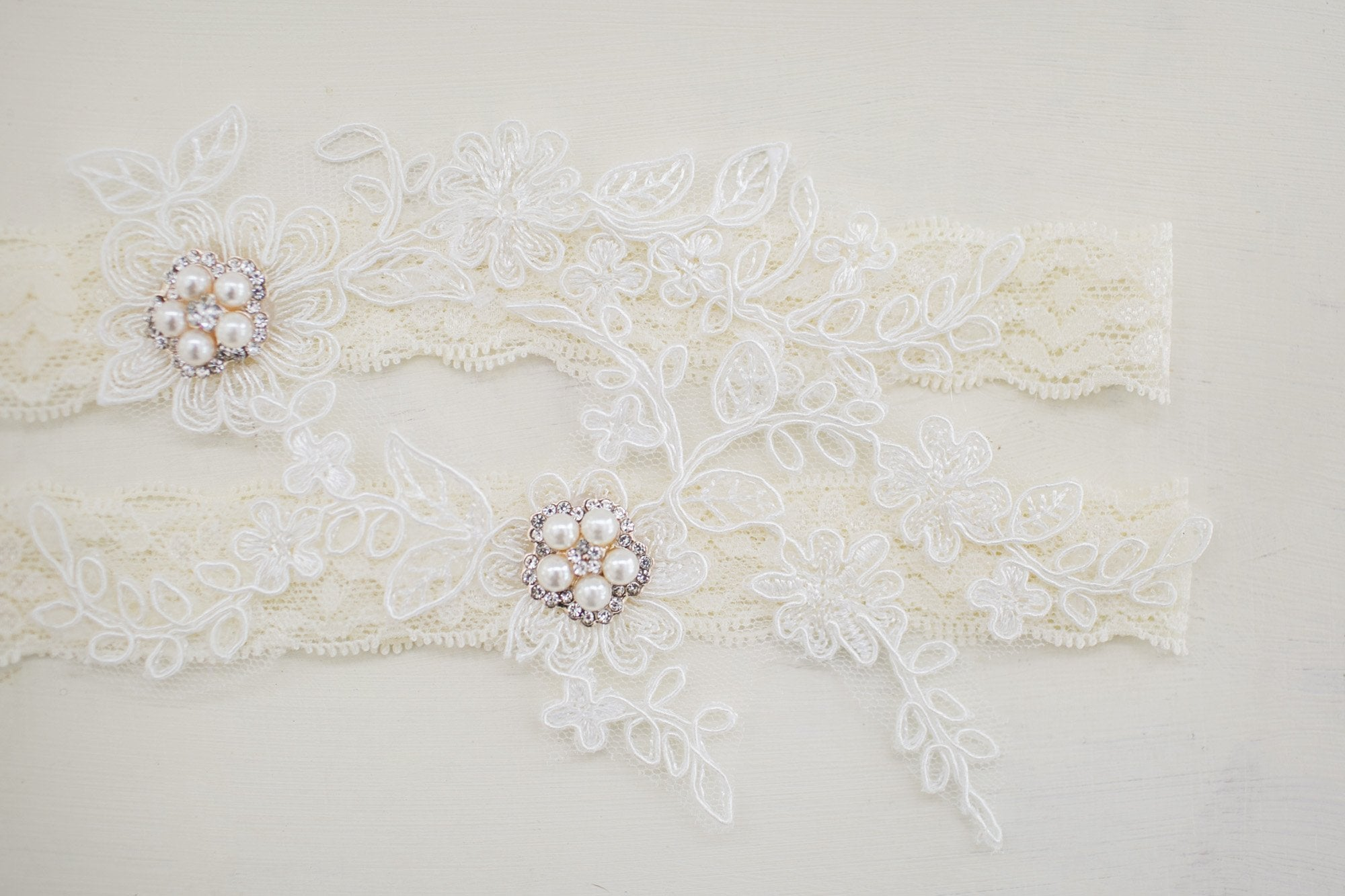 Ivory Lace Bridal Garter Set - Violet and Eve