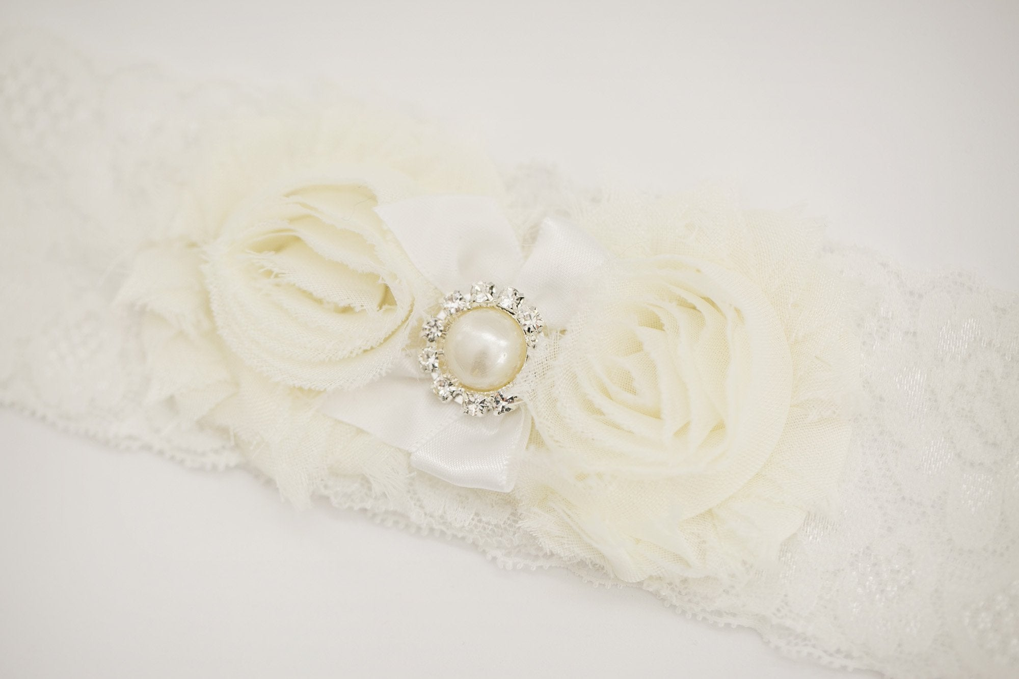Jasmine Bridal Garter - Violet and Eve