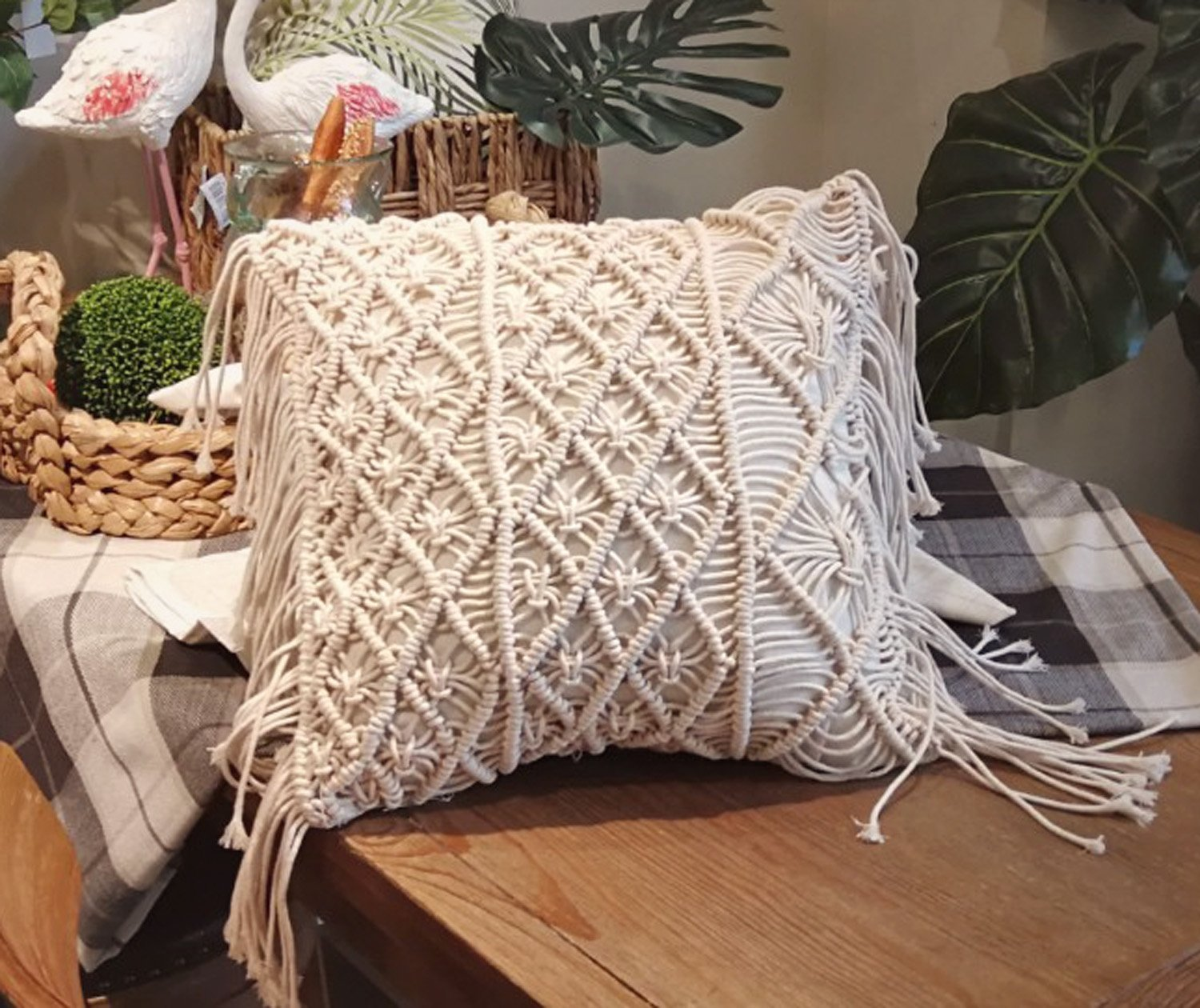 Macrame Cushions - Violet and Eve