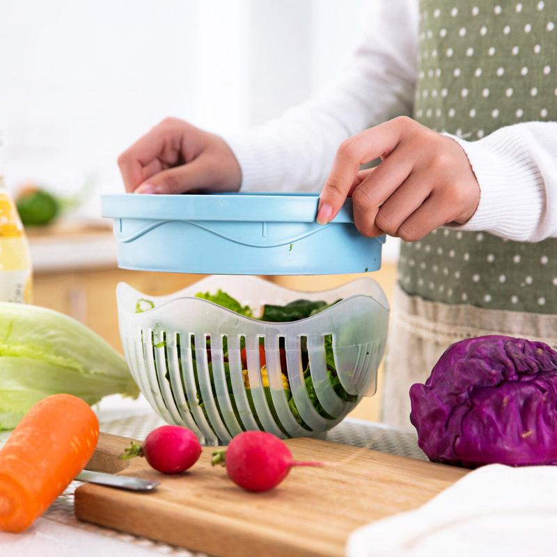 The Inscut™ Salad Cutter Bowl easily cleans, chop, and serve the salad in seconds! The unique slits take all the hassle out of rinsing and straining and allow you to chop the ingredients all at once!