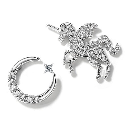 Its crystal accents offer a shimmering appeal, and its high finish-polish lends itself to a lustrous look. Celebrating every beautiful moment in your life with this gorgeous unicorn necklace and earrings.