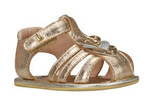 Load image into Gallery viewer, Newborn Gold Hearts Sandals