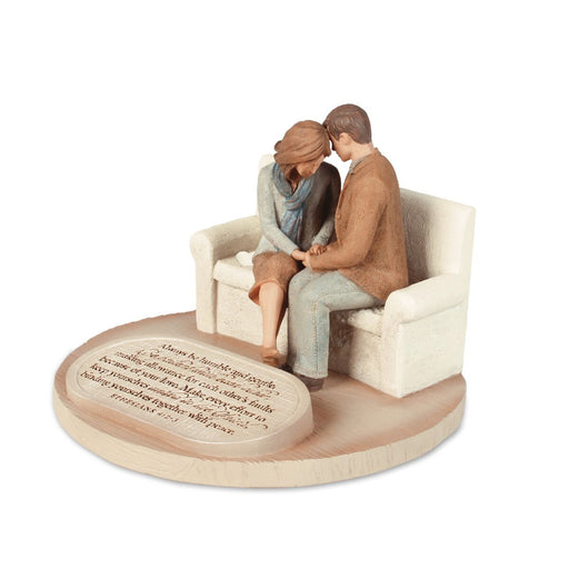 Figurine-Praying Couple
