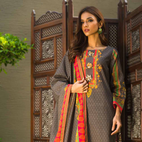 Digital Printed Khaddar 3 Piece Un-Stitched Suit - 02