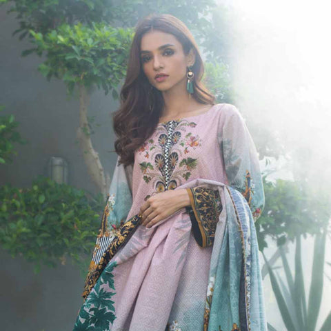 Digital Printed Khaddar 3 Piece Un-Stitched Suit - 03