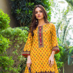 Digital Printed Khaddar 3 Piece Un-Stitched Suit - 04