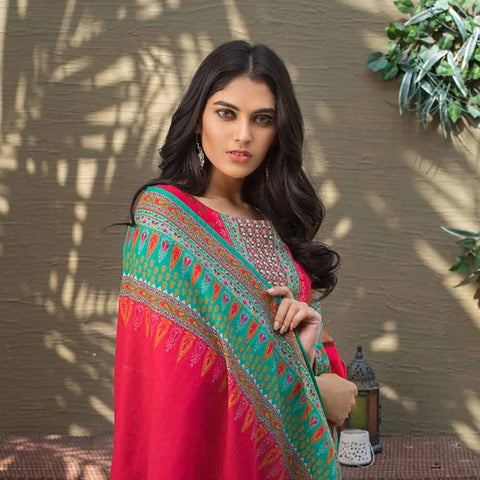 Digital Printed Khaddar 3 Piece Un-Stitched Suit - 07