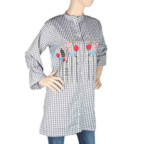 Women's Embroidered Kurti With Front Button - Black