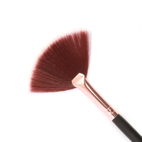Eminent Makeup Fan Brush
