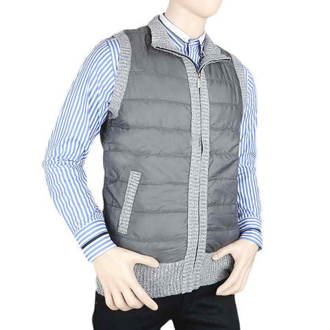 Men's Sleeveless Quilted Jacket - Grey