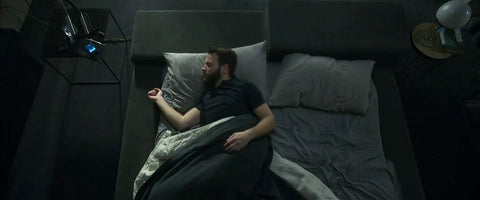 Alessandro Borghi in the series Devils in bed in the sheets of Suite1603