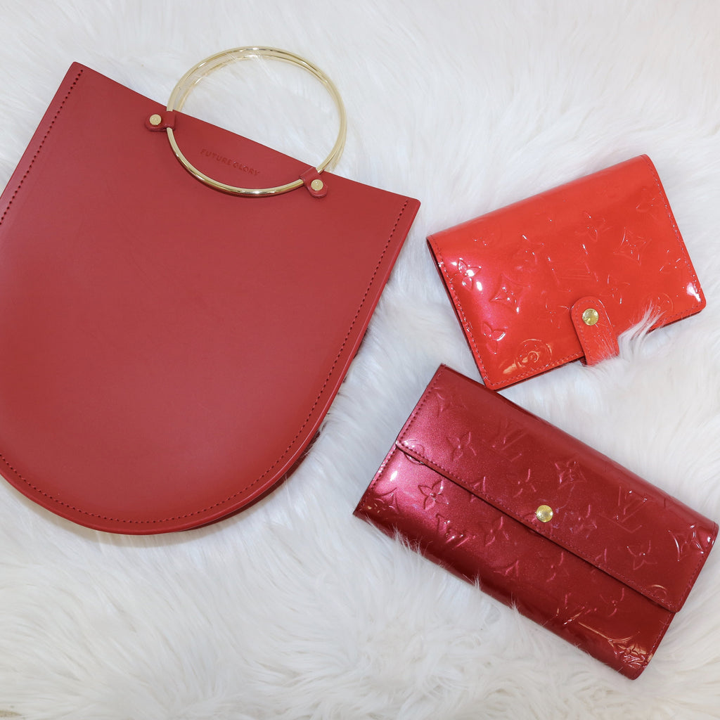 WALLETS - Chic To Chic Consignment