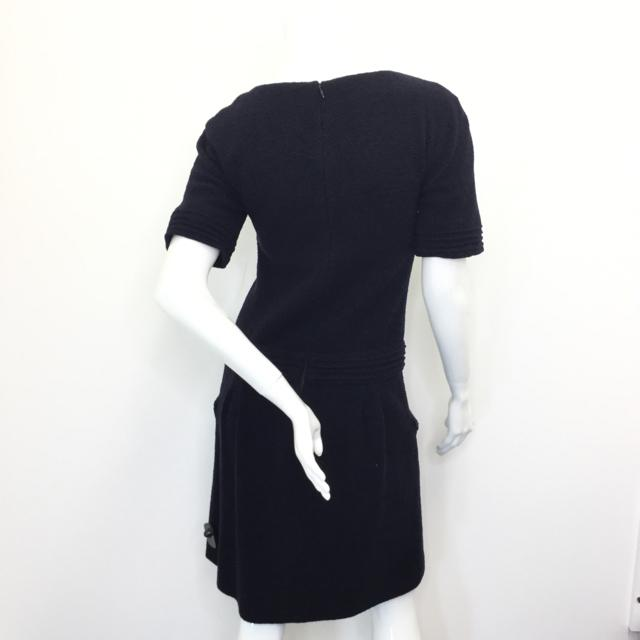 Women's Chanel Short Sleeve Dress. Size 38 - Chic To Chic Consignment