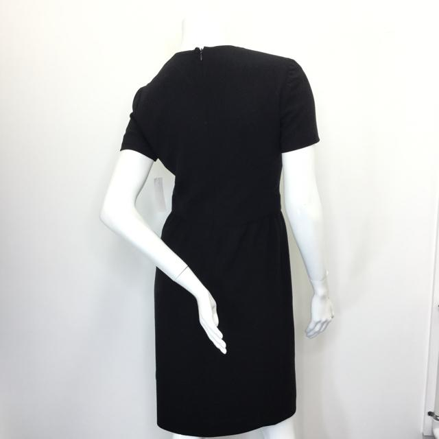 Women's Chanel Square Neck Dress. Size 40 - Chic To Chic Consignment