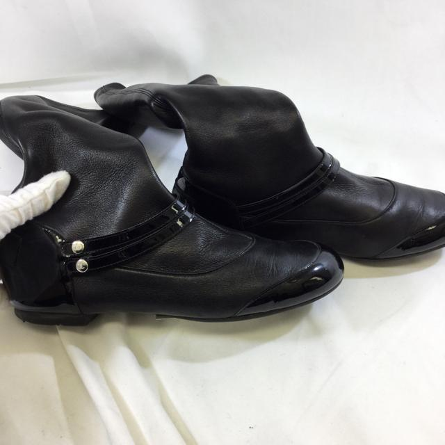 Chanel Flat Pull On Riding Boots