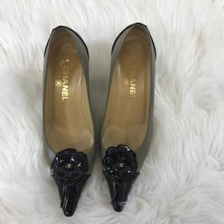 Chanel Pointy Toe Kitten Heel Leather Pump. Size 39 - shoesCHANEL39, CHANEL, Tan/blackChic To Chic Consignment