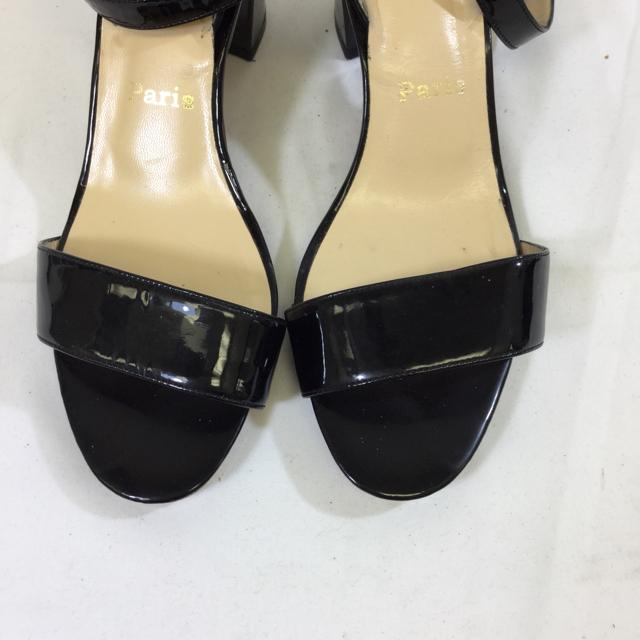 Christian Louboutin Patent Leather Short Stack Heel Sandal. Size 38.5