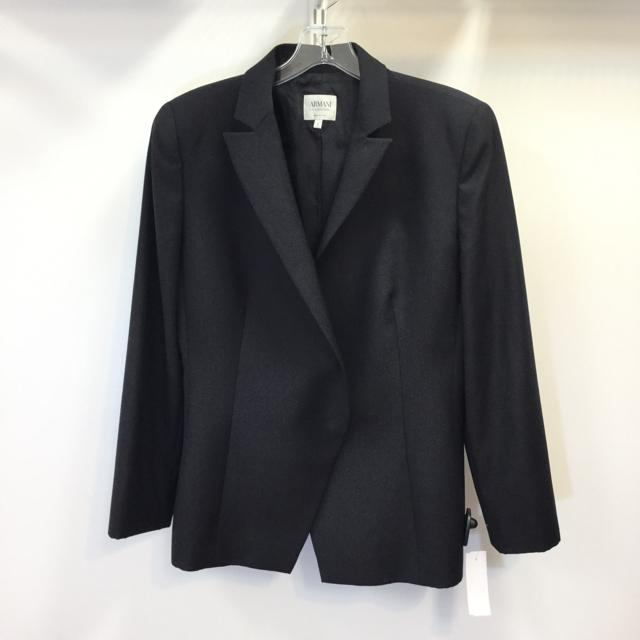 Women's Armani Collezioni 1 Button Blazer. Size 8 - Chic To Chic Consignment