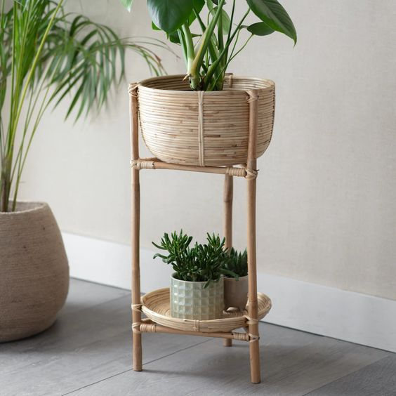 Rattan Plant Stand - heart deco