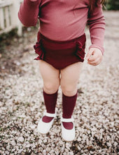 Load image into Gallery viewer, Georgia Ribbed Ruffle Bloomers - Plum
