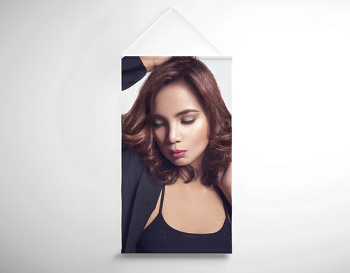 Salon Banner - Woman with Messy Tousle and Center Part