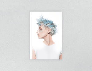 Plastic Salon Posters: Woman with Blue Spiky Hair - Bound for Style