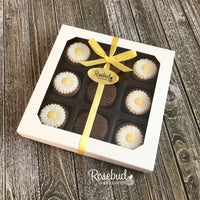 DAISY - 9 Piece Chocolate Covered Oreo Cookies - White Gift Box Flowers