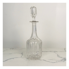 Load image into Gallery viewer, Glass-Cut Decanter