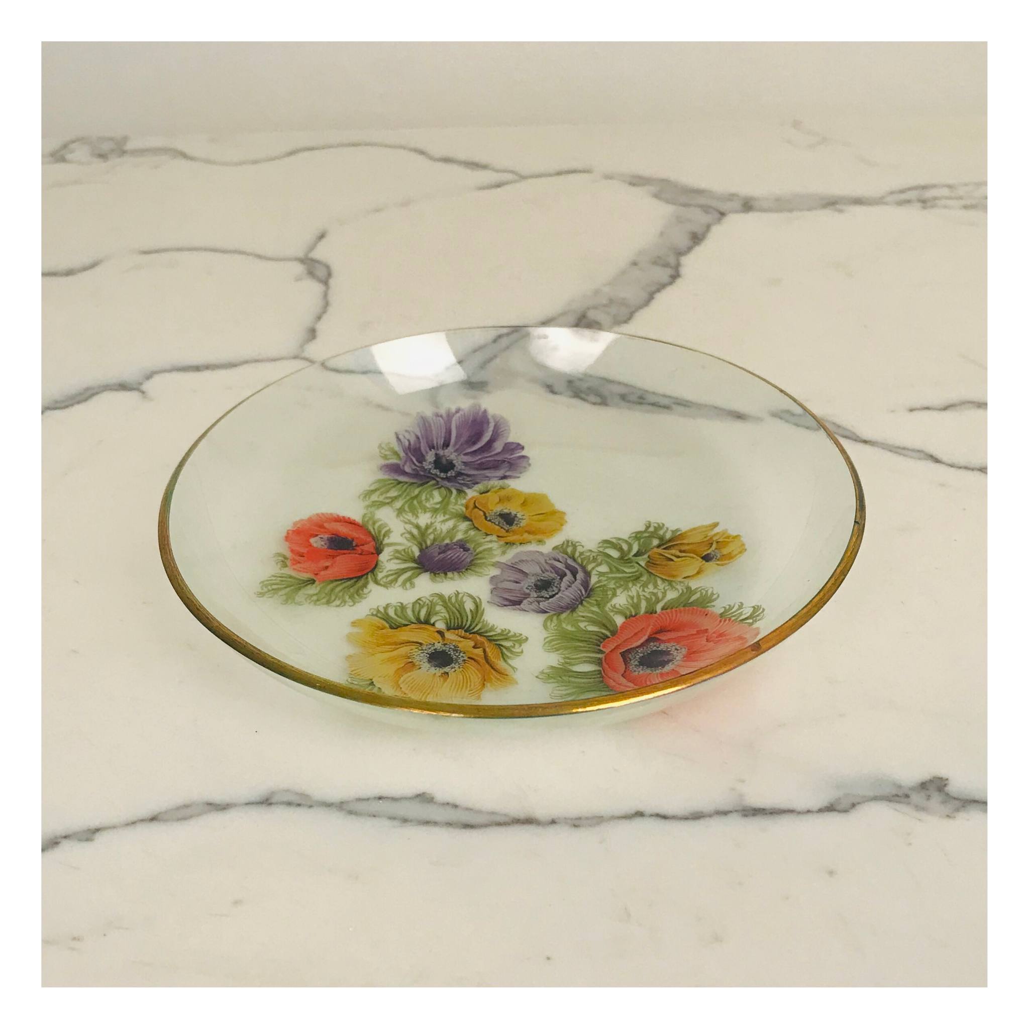 Glass Plate with Flower Print