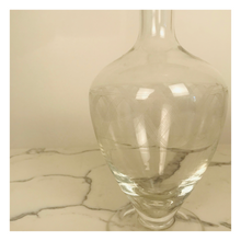 Load image into Gallery viewer, Glass Wine Decanter