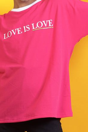 LOVE IS LOVE. - Free Size