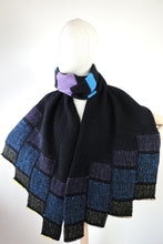 Moving brick hem scarf