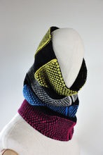 Broken stripe fitted cowl
