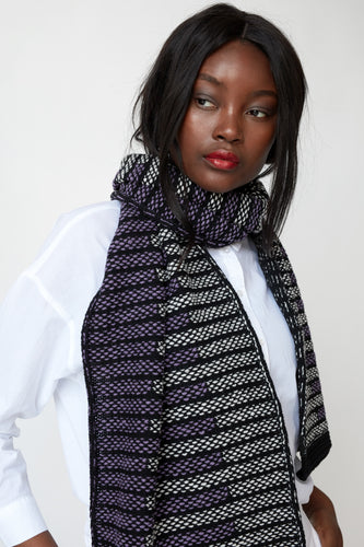 Brickwork pattern scarf