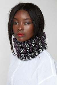 Dual brick triangle pattern fitted cowl