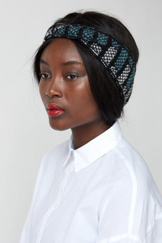 Brickwork pattern twist headband