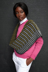 Brickwork triangle pattern long cowl