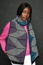 Dual colour zig zag pattern scarf