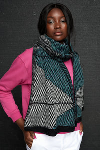 Mirror triangular motif scarf