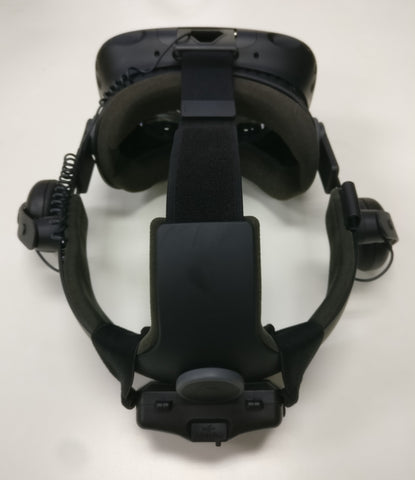 VRNRGY Power Pack fitted to a Vive Deluxe Audio Strap