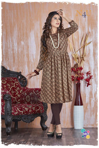 PRACHEEN VOL-3 Rayon Viscous Printed KURTI  (SET OF 6)
