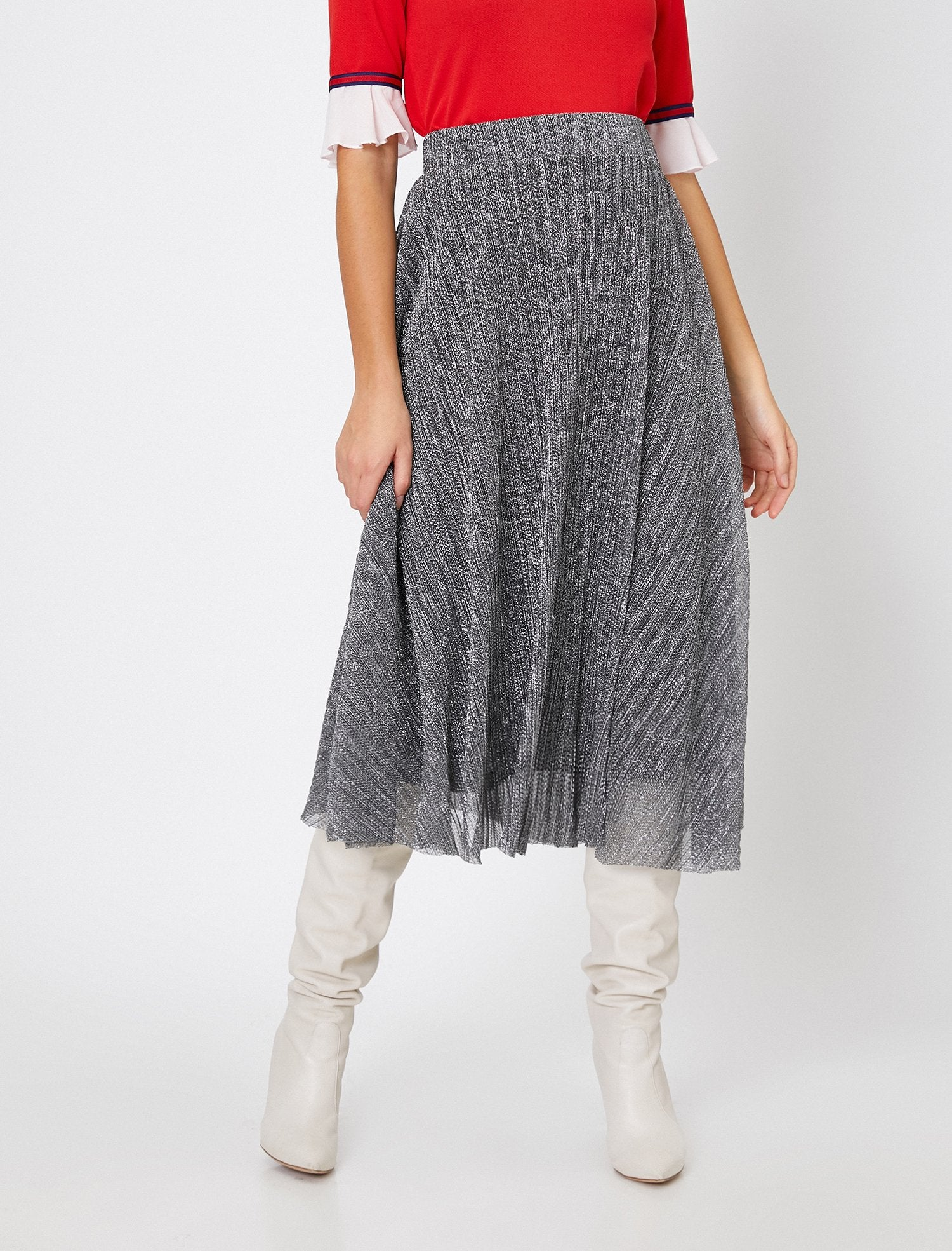 Pull-On Shimmery Skirt in Silver